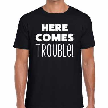 Here comes trouble tekst t shirt zwart heren