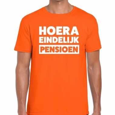 Hoera eindelijk pensioen t shirt oranje heren
