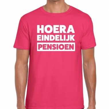 Hoera eindelijk pensioen t shirt roze heren