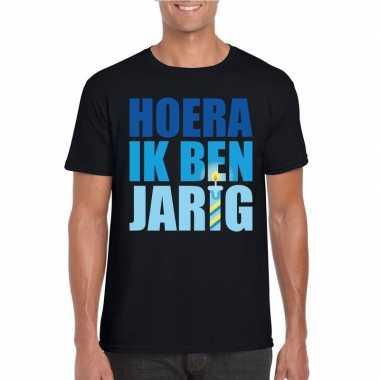 T shirt zwart heren hoera ik ben jarig blauwe tekst