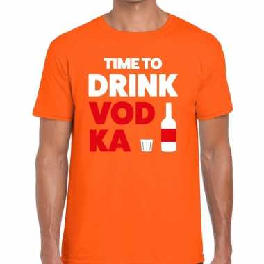 Time to drink vodka tekst t shirt oranje heren