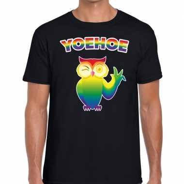 Yoehoe gaypride knipogende regenboog uil t shirt zwart here
