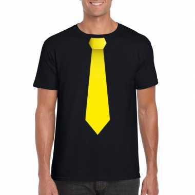 Zwart t shirt gele stropdas heren